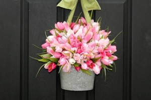 10-spring front door decoration