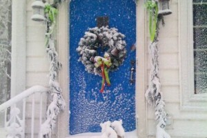10-winter front door decoration