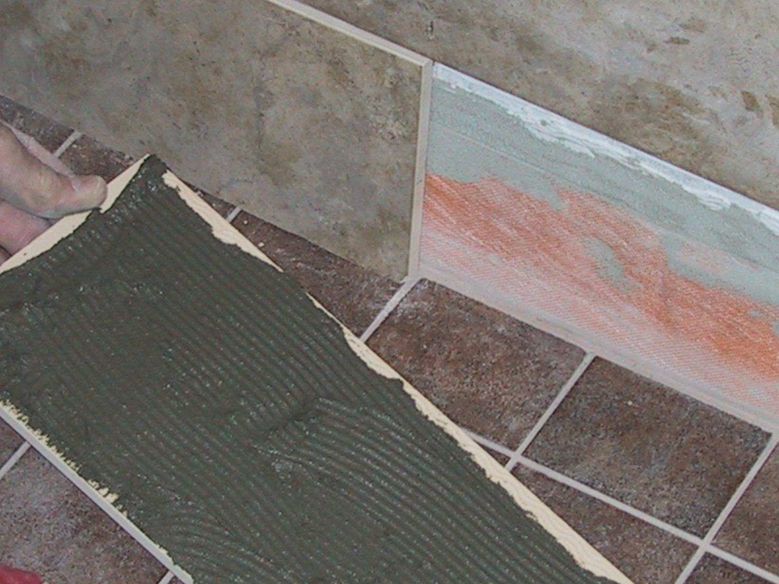 Tutorials On How To Tile A Shower Wall