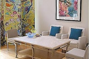 Pick Lighweight Furniture for Your Limited Space Living Room