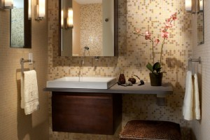 The Simple Bathroom Decorating Idea for the Small Bath
