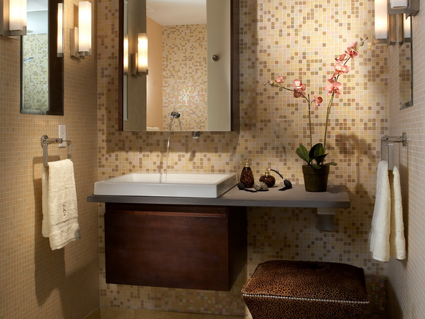 Bathroom Decorating Idea for the Small Bath - Get Bathroom
