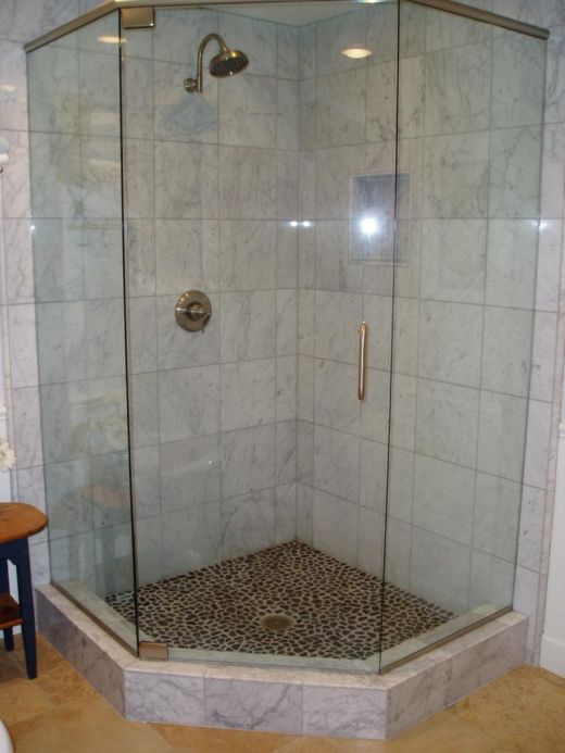 wonderful small bathroom with corner shower 520 x 693 47 kb jpeg - Shower Design Ideas Small Bathroom