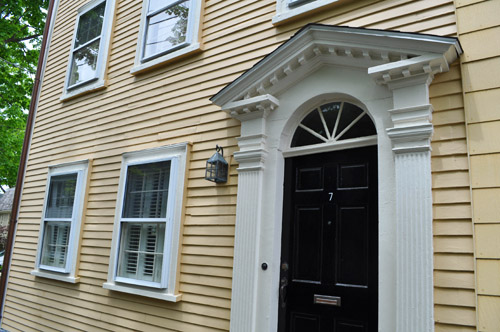 The Choices of Front Door Paint Colors
