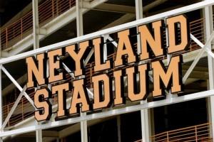 The Reason of Neyland Stadium Renovations 2010