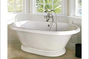 Pedestal Porcelain Bathtub
