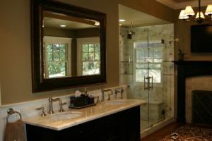 Small-Bathroom-Sinks-&-Toilets---Clawfoot-Tubs,-Cast-Iron,-Acrylic