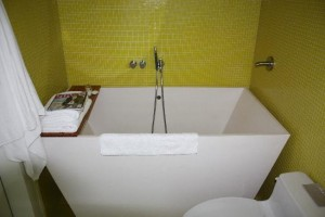 Soaking Tubs for Small Bathrooms Purchase