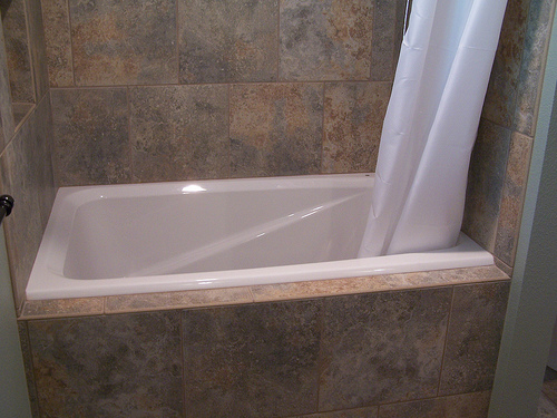 The Installation of Soaking Tubs for Small Bathrooms