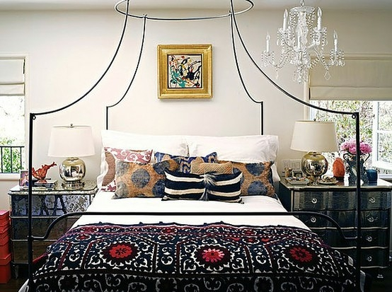 Boho Chic Bedroom - Boho Chic Bedroom Theme - SweetHomeDesignIdeas.