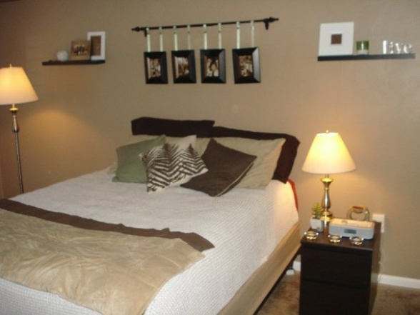 College apartment bedroom decorating ideas the flat for Flat decoration ideas