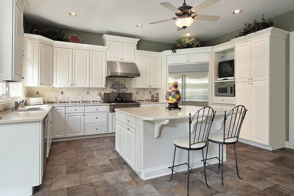 classic white kitchen 2721